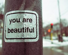 "Importance of Simplicity: A Message from Chicago's ""You Are Beautiful"" Art Campaign"
